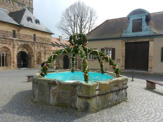 Osterbrunnen in Fritzlar am 31.03.2013